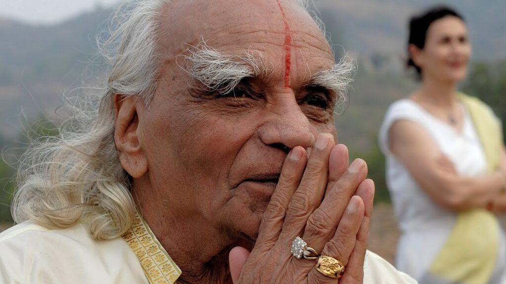 Bellur Krishnamachar Sundara RajaIyenga